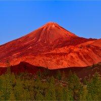 Вулкан Тейде, остов Тенерифе, Канары :: Eduard Kraft