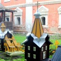 Пчелиные ульи :: Дмитрий Солоненко