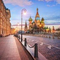 Осенний рассвет у Собора :: Юлия Батурина