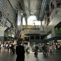 Футуристический атриум вокзала Киото :: Swetlana V