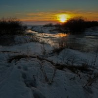 Морозный вечер :: Алексей Мезенцев