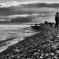 на берегу Черного моря :: Михаил