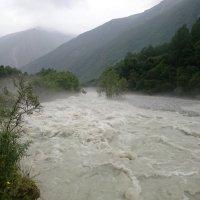 Бурные воды реки Черек - Безенгийский :: Наталия ***