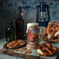Пиво с хлебо-булочными подсолёными изделиями :: Алексей Кошелев