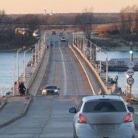 Взгляд на понтонный мост через Оку. :: Вадим *
