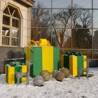 Новогоднее настроение создает снег - только как-то его маловато... :: Anna Gornostayeva