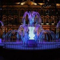 Новогодний фонтан :: Лариса Лунёва