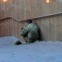Нищий солдат :: dindin