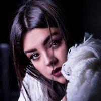 Девушка в кафе :: Anton Lipatov