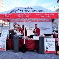Стокгольм, здесь горячий жареный миндаль и согревающий глинтвейн! :: Swetlana V