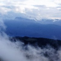 Вышли горы из тумана :: Виктория Попова