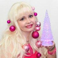 Вот вам еще одна идейка, как креативненько выглядеть на корпоративе или Новогоднем вечере. :: Лара Гамильтон