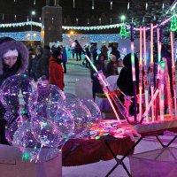 Продавец новогодних огней :: Nina Karyuk