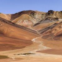 горы в пустыни Сальвадора Дали :: Георгий А