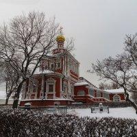 В Новодевичьем монастыре :: Марина