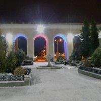 Внутренний дворик вокзала перед рассветом :: Александр Рыжов