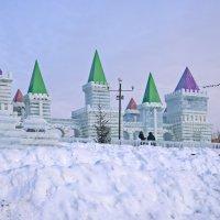 Ледяной городок :: Valeri Verovets