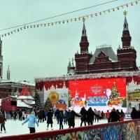 Каток на Красной площади :: Ольга (crim41evp)