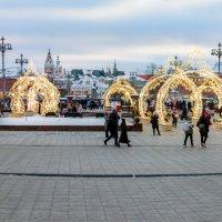 Праздничная Москва. :: Yuri Chudnovetz