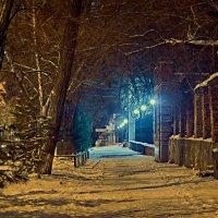 Ночью на Александровской :: Константин Бобинский