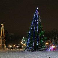 На центральной площади. :: Валентина Жукова