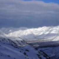 Вид на долину :: IURII