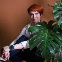 Девушка с цветком :: Вероника Новикова