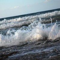 Волны играют. :: Ольга Кирсанова