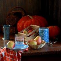 Оранжевое с голубым :: Наталья Казанцева