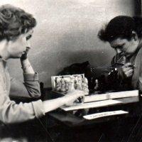 Играли в любых условиях. Фото 1976? года :: Фотогруппа Весна - Вера, Саша, Натан