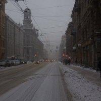 Снег в городе :: Алексей Корнеев