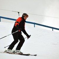 Не мыслящий жизни без лыж. :: Татьяна Помогалова