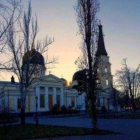 Спасо-Преображенский кафедральный собор, вечер :: Александр Корчемный