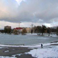 Зимний городской пейзаж :: Сергей Карачин