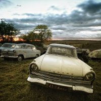 Авто музей под открытом небом :: Алексей Леонадзе