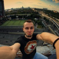 Автопортрет :: Алексей Леонадзе