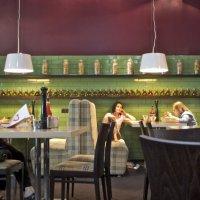 В кафе :: Андрей Чернышов