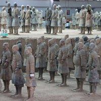 Терракотовая армия :: Лара Лаби