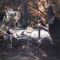 Сказка о мертвой царевне II :: Эрик Нейман