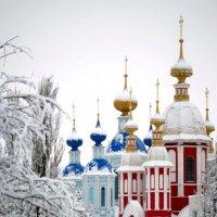 Иоанно-Предтеченский храм и храм Казанской иконы Божией Матери :: Ирина Фёдорова