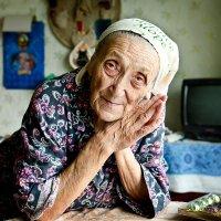 бабушка :: Александр Остроумов
