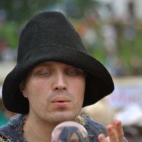 Он – странник и работник, страдалец и герой :: Ирина Данилова