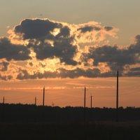 Облака перед столбами :: Влад Ложкин