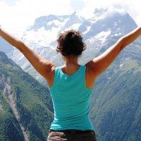 гляжу я на горы, а горы глядят на меня.. :: Людмила ****