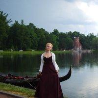 В парке у озера :: Евгений Васильев