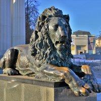 Фрагмент памятника  Императору Александру второму :: Константин Анисимов