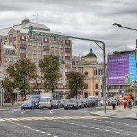 Арбатская площадь :: Наталья Лакомова