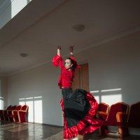 в танце :: Батик Табуев