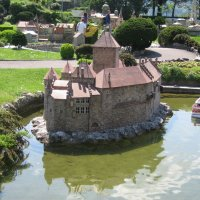 Шильонский замок на воде :: ZNatasha -