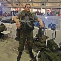 Крепкий парень из  Подмосковья. :: Виталий Селиванов